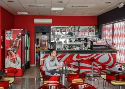 Nirs-caffe-bar-1